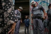 20171016-cjpress-zuma-brazilian-homeless-8045