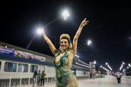 01-20180105-cjpress-brazilian-carnival-1461