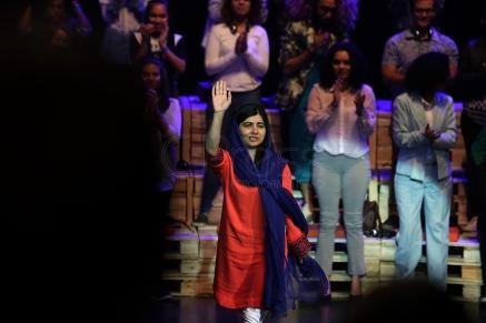 BRA53. SAO PAULO (BRASIL), 09/07/18. - La activista paquistaní y el Premio Nobel de la Paz, Malala Yousafzai, participó el lunes 9 de julio en Sao Paulo, de un debate sobre educación y empoderamiento femenino. EFE/Marcelo Chello